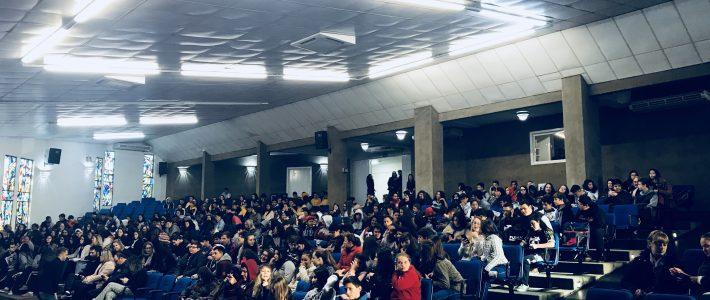 Final local do Projeto Oratória nas Escolas 2018 elege aluna campeã